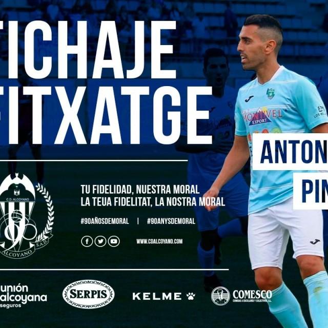 El delantero Antonio Pino nuevo fichaje del CD Alcoyano.